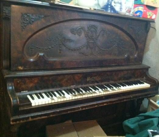 FREE Victor Chicago Piano! | Free Old Pianos | Pinterest