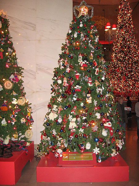 Christmas Trees Around the World: Romanian Christmas Tree - When It Comes To Christmas Trees, What's Up Is Down In Eastern