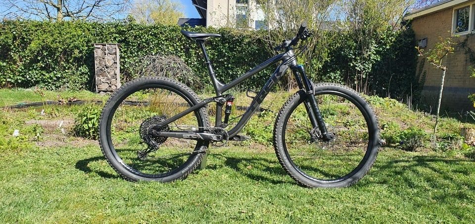 Got My New Bike The Trek Fuel Ex 8 Trekbikes In 2020 Bike Trek Bikes Trek