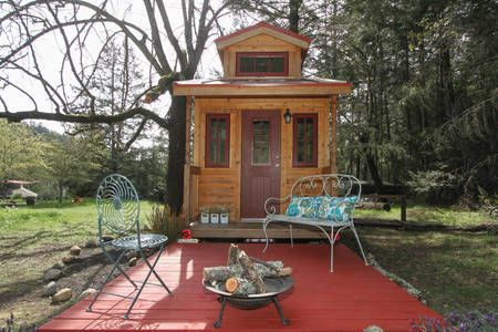 Check Out This Awesome Listing On Airbnb Lucky Lindy Tiny