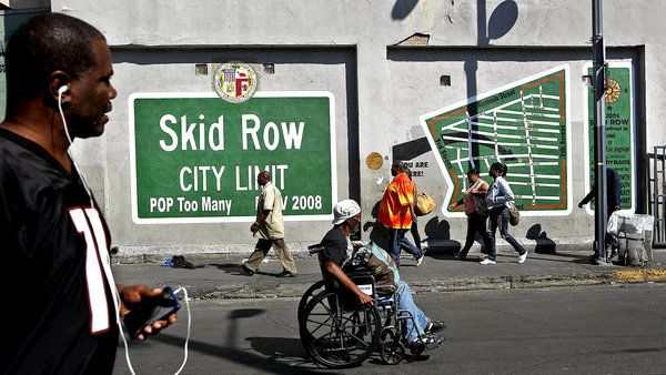 For Skid Row Residents And Advocates Mural Is A Sign Of Survival Skid Row The Row The Neighbourhood