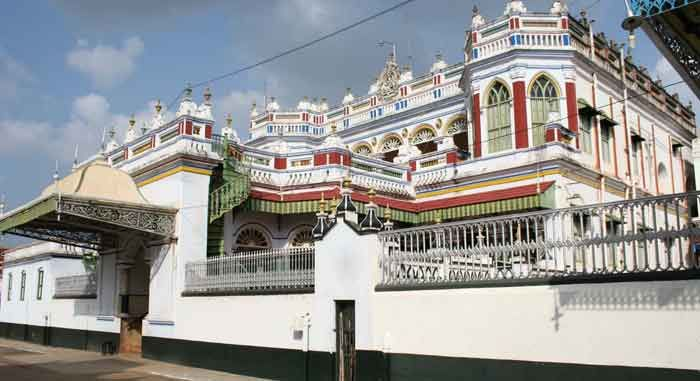 painting-above-the-windows-80-years-old-in-chettinad-house-tamil ...