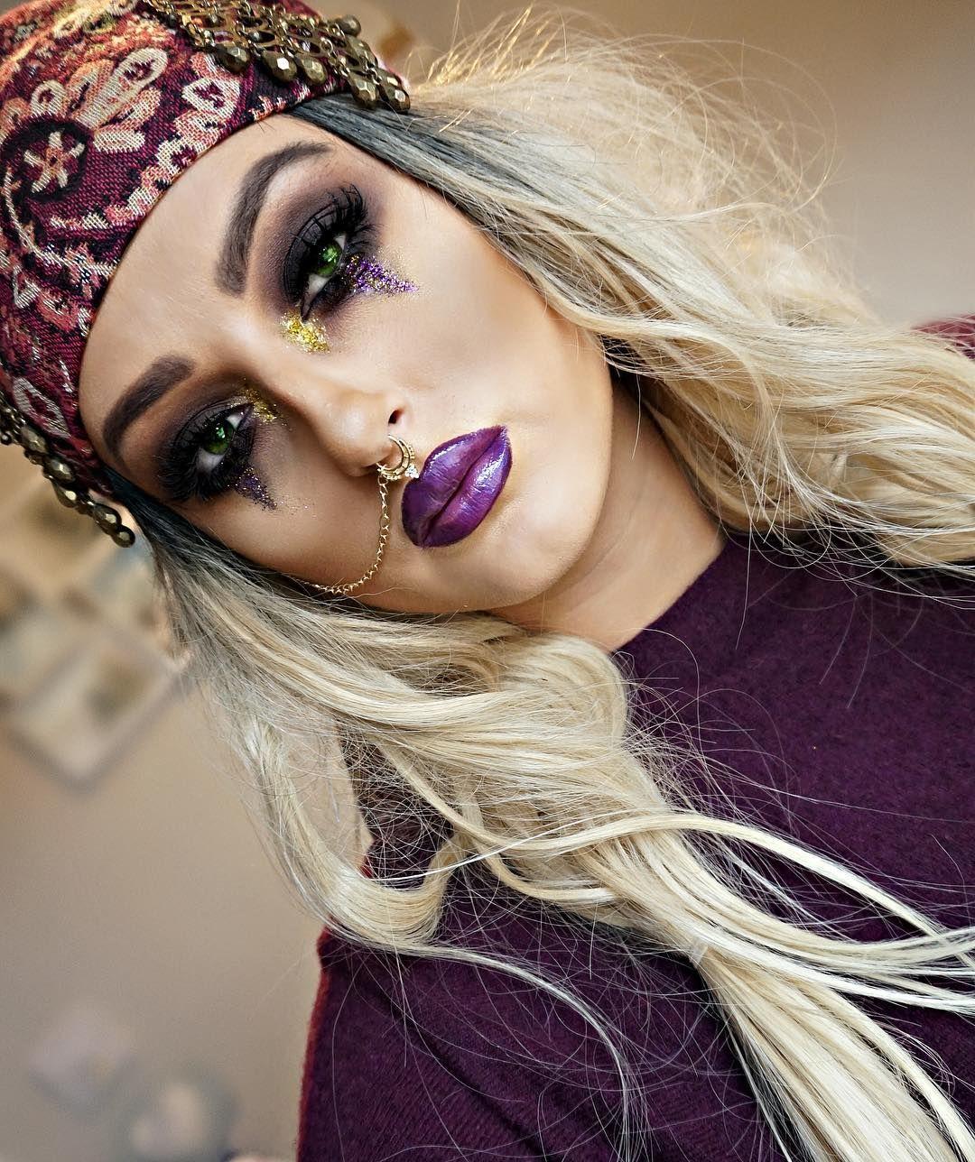 "Photo of Jessica Wyatt MUA på Instagram: ""Gypsy Makeup for Halloween 🔮📿🎃 #makeup #fortuneteller #magic #ombre #gold #gypsy #makeup #makeupartist #artist #mua # ilovemaciggirls …"""