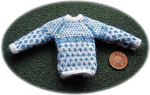 Handmade 1//12th scale dolls house Hand Knitted Ladies Wear..