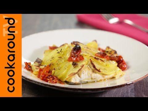 Filetto di spigola al forno con pomodorini e origano / Ricette secondi p...