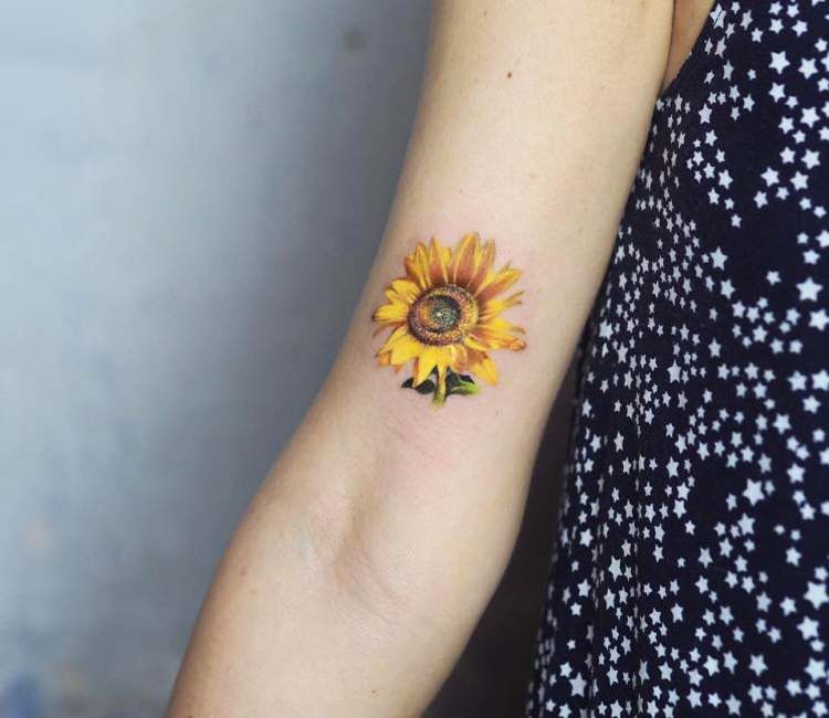 Sunflower Tattoo By Jefree Naderali Watercolor Sunflower Tattoo