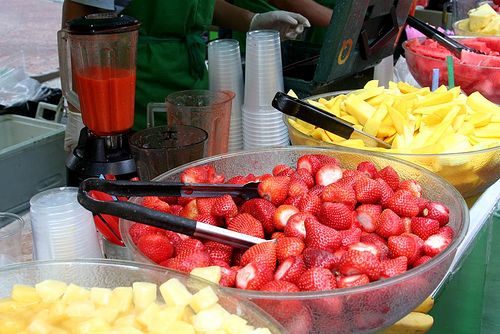 The 25+ best Smoothie bar ideas on Pinterest Fruit shop