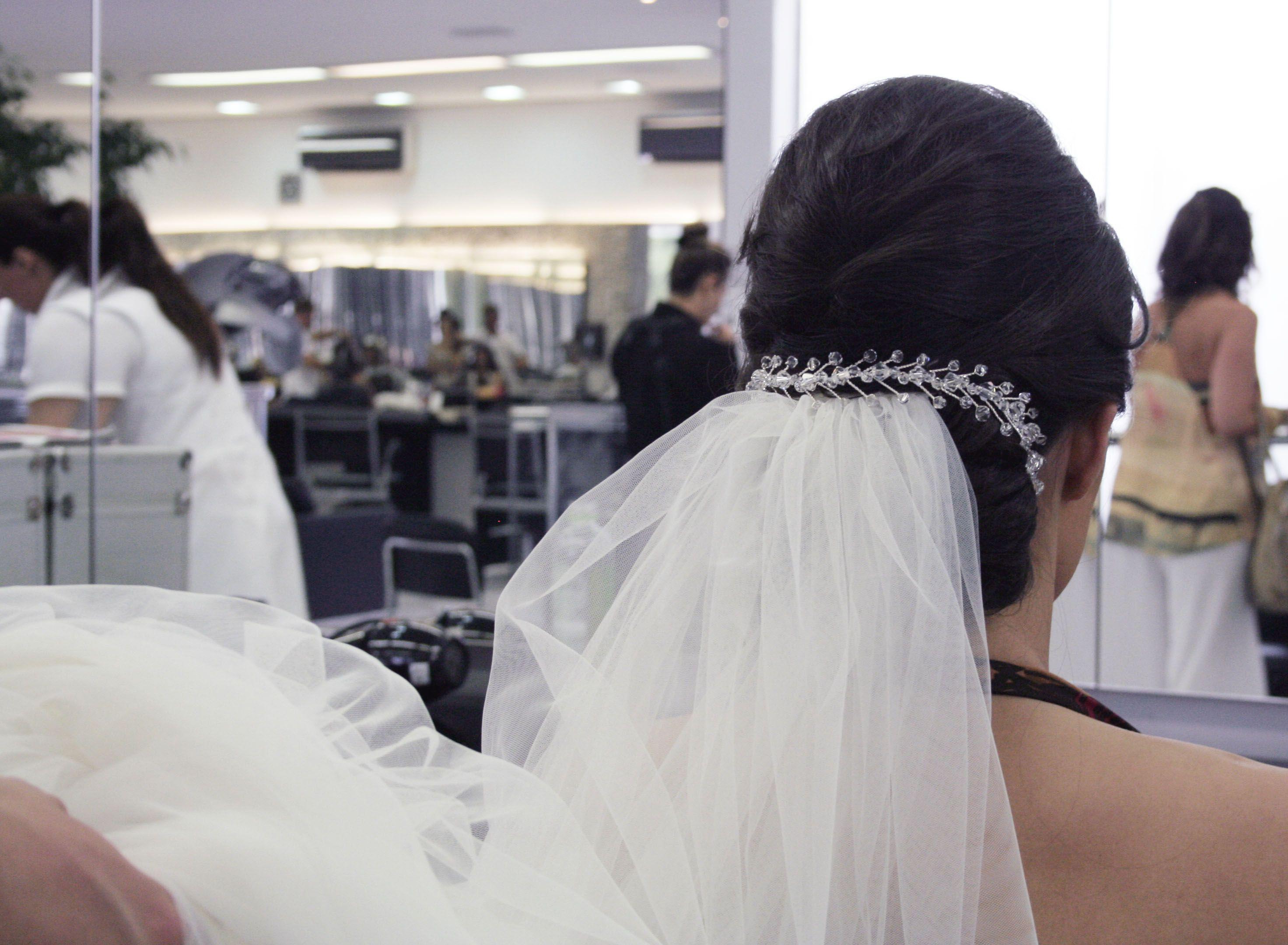 Dia da Noiva Naiara Carris que casou dia 22/01/2014. #casamento #wedding #penteadonoiva #torritontaunay #welovebeauty
