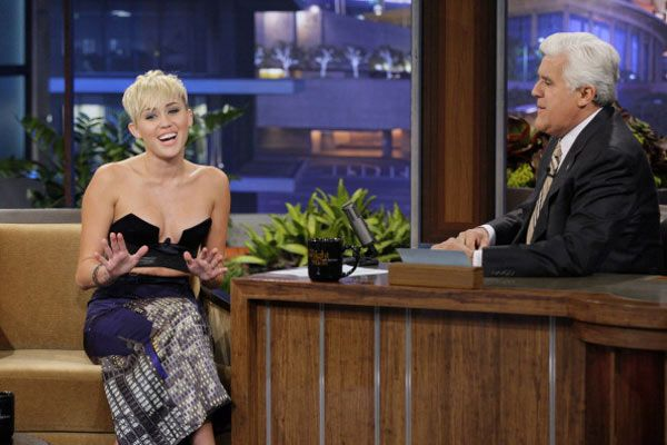 Miley Cyrus Slams Justin Bieber's Legal Drama On The 'Tonight Show'