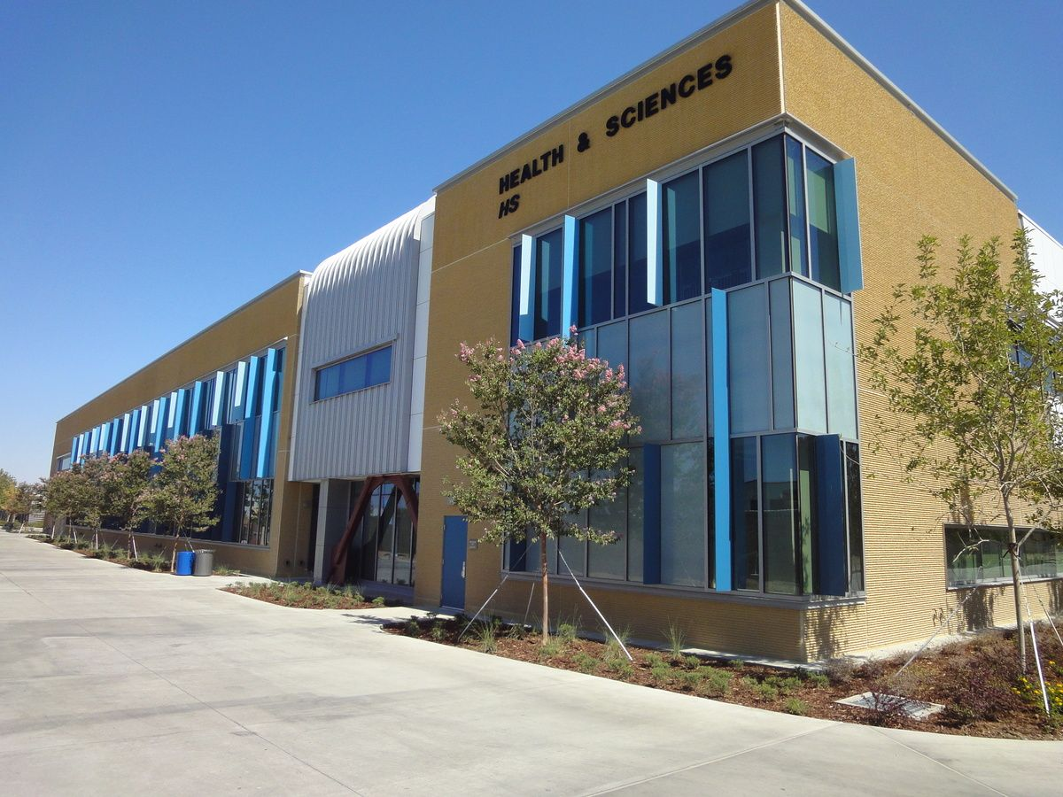 Antelope Valley College Health Science Building Tbp Architecture Valley College College Health Community College