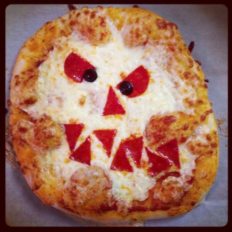 Scary pizza, halloween