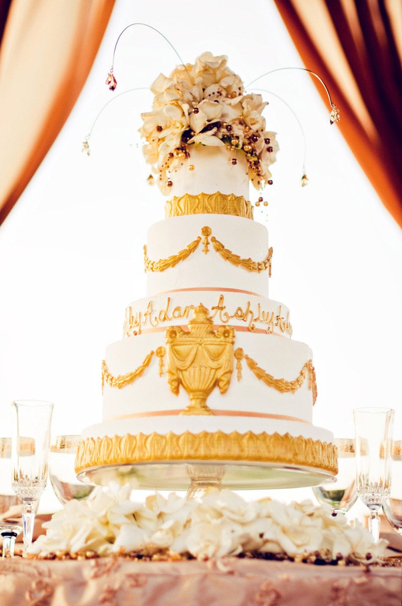 Ornate five-tier wedding cake. Photo by Traina Photography. #wedding ...