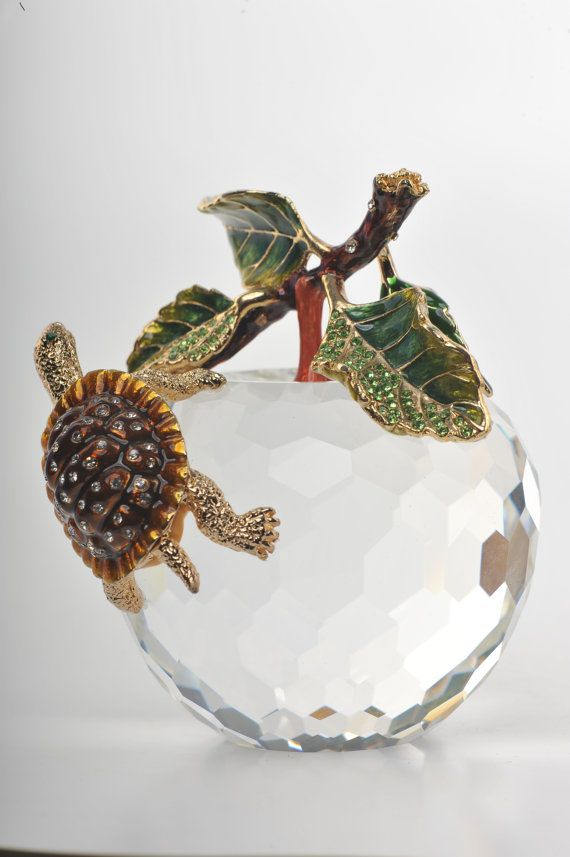 Crystal Apple With A Turtle On It Handmade By Keren Kopal