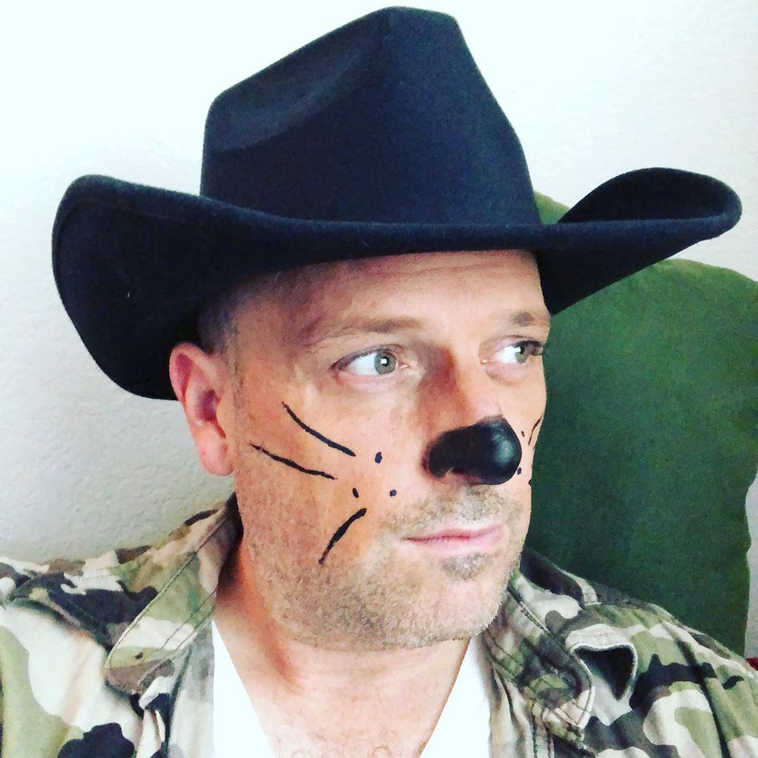 My name is Bear Stearns and my bro country financial rap album, 808s and Rodeo Dates, drops at Valeros nationwide this Christmas.  Buy low sell high get drunk always fly  #stockmarket #country #hiphop #bears #bearsofinstagram #808s #christmas #atx #lowalbum