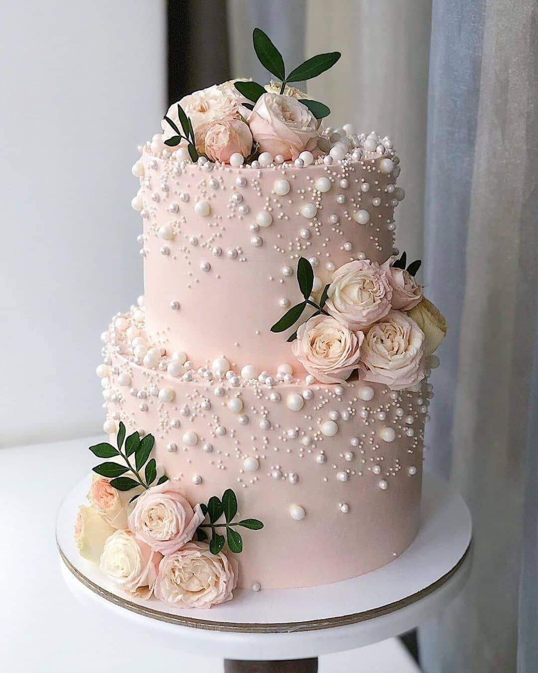 The Wed List On Instagram Here S A Pretty Cake Inspo For Your Wedding Loving The Pearls An Buttercream Wedding Cake Simple Wedding Cake Floral Wedding Cakes