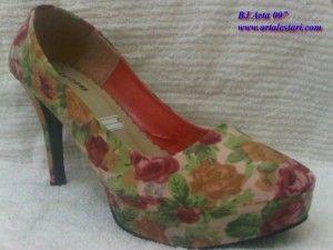 Sepatu High Heels Dengan Gambar Sepatu Sepatu Boots Wanita