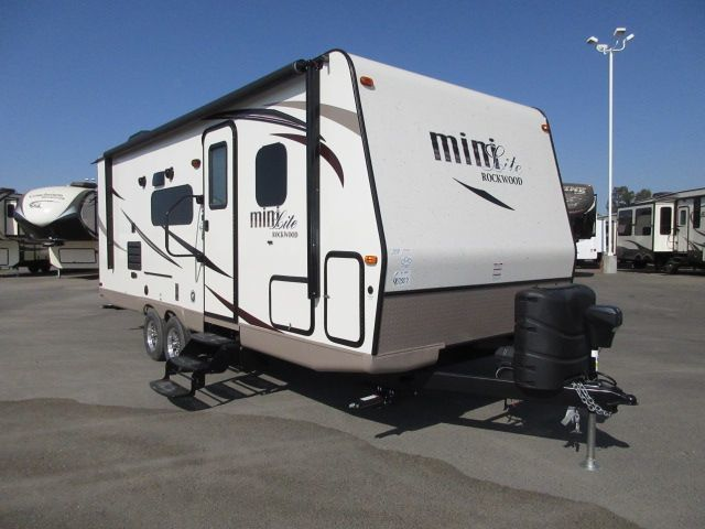 2017 Forest River Rockwood Mini Lite 2504s Sapphire Package For