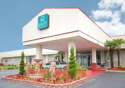 Walterboro South Carolina Hotel Close To Edisto Beach Quality Inn And Suites 29488