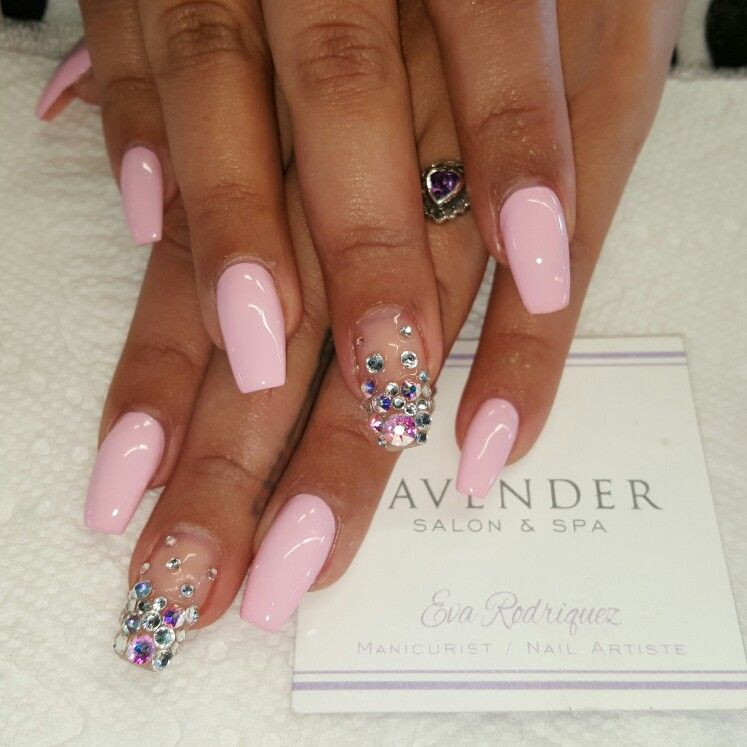 Coffin shaped acrylic nails with gel polish and swarovski