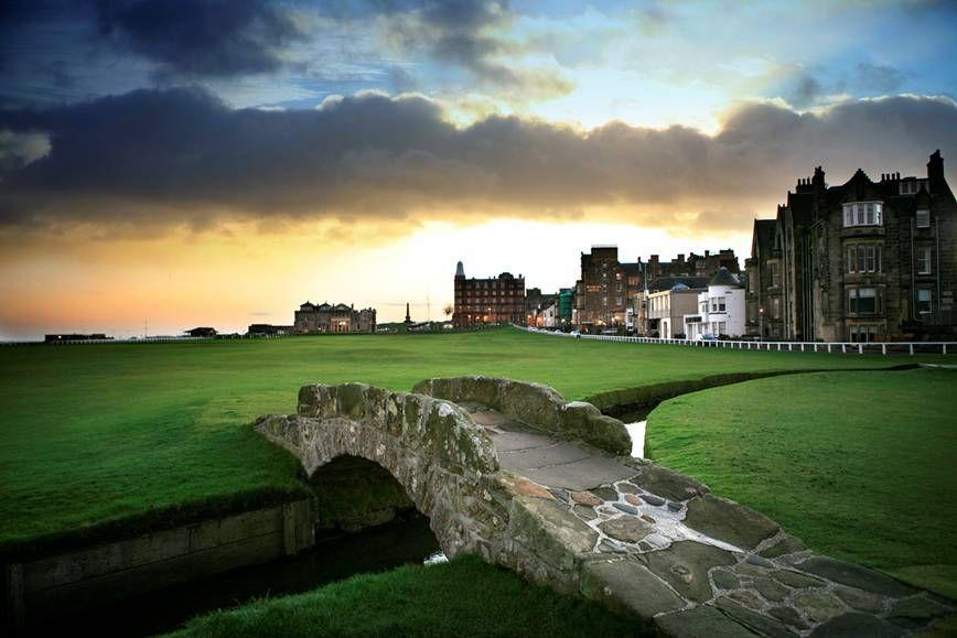 Swilken Bridge St Andrews Golf Course In Scotland Golf Courses Miniature Golf Course Public Golf Courses