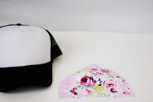 a362122b9bb floral trucker hat DIY