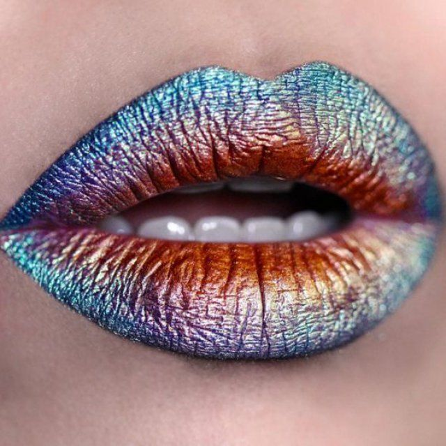 Lip Art arc en ciel irisé #hairandmakeup
