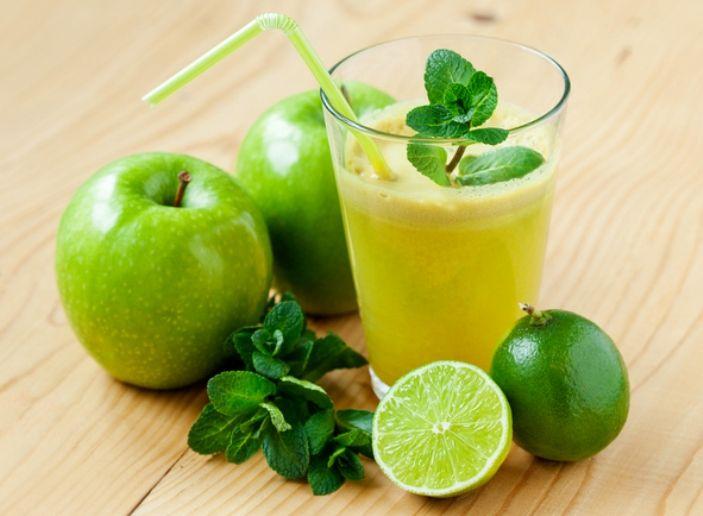 Si tú plan es comenzar a desintoxicarte tras los excesos de diciembre, hoy te presentamos esta opción verde. ¡Prepáralo en casa!