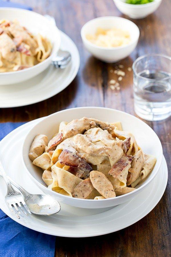 Lightened Up Chicken Carbonara | http://cafedelites.com