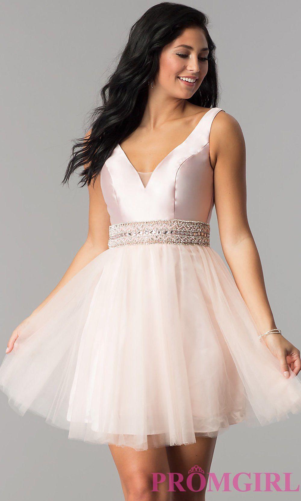 Sleeveless vneck semiformal prom dress promgirl quince