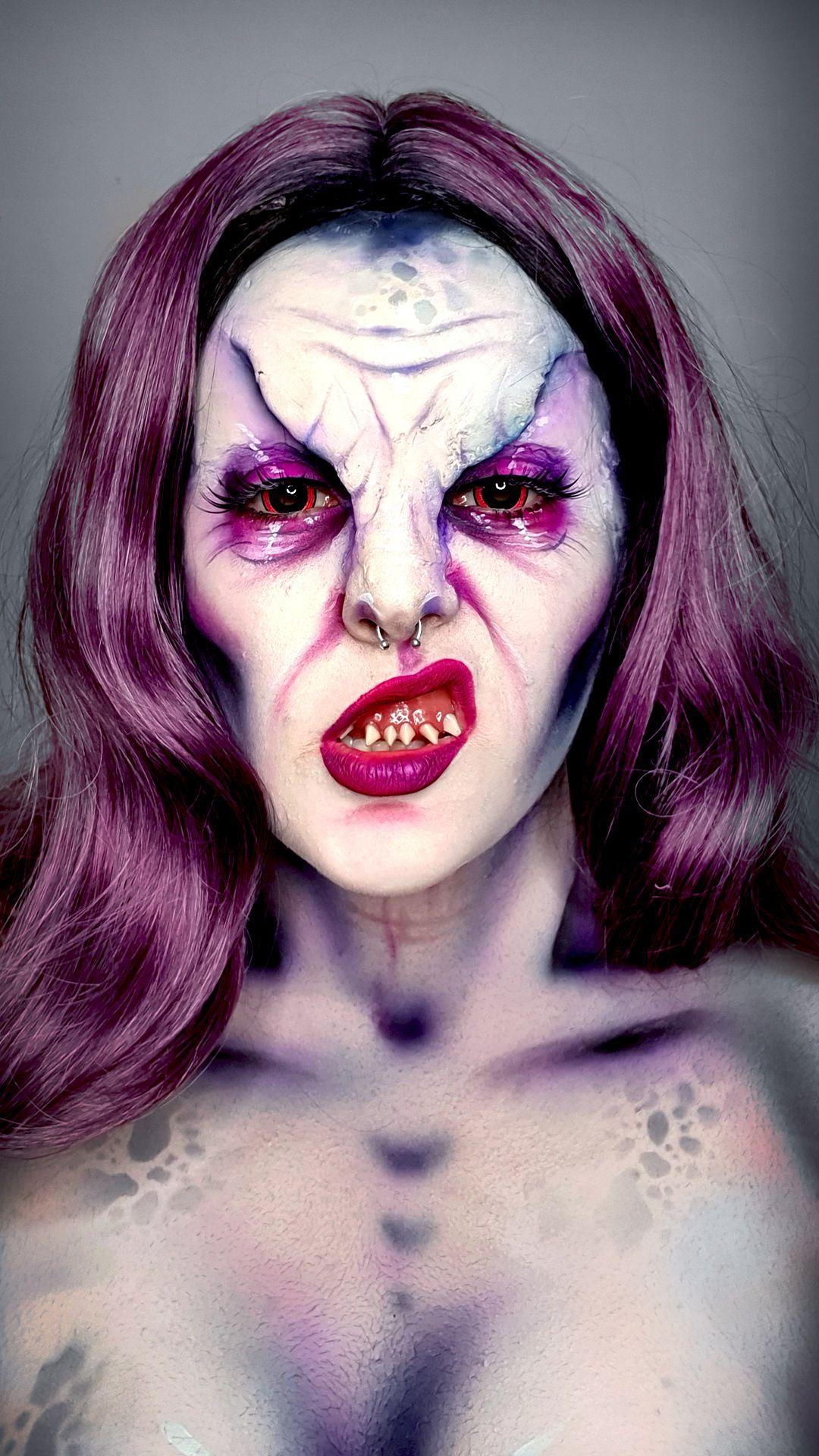 DEMON MAKEUP in 2020 Demon makeup, Online makeup, Cool