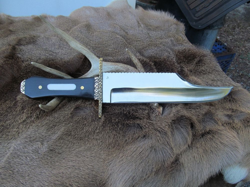 Extra Large Hand Made Iron Mistress Bowie Knife 1095 High Carbon Steel Blade Ebay Bowie Knife Knife Bowie