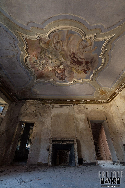 Urbex: Palazzo Di L Dei Conti, Italy - April 2015 - PROJ3CTM4YH3M Urban ExplorationPROJ3CTM4YH3M Urban Exploration