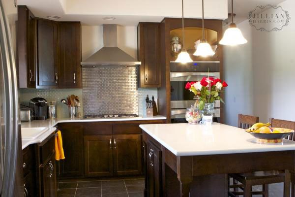 Love the dark wood with the silver back splash! Home Decor Ideas