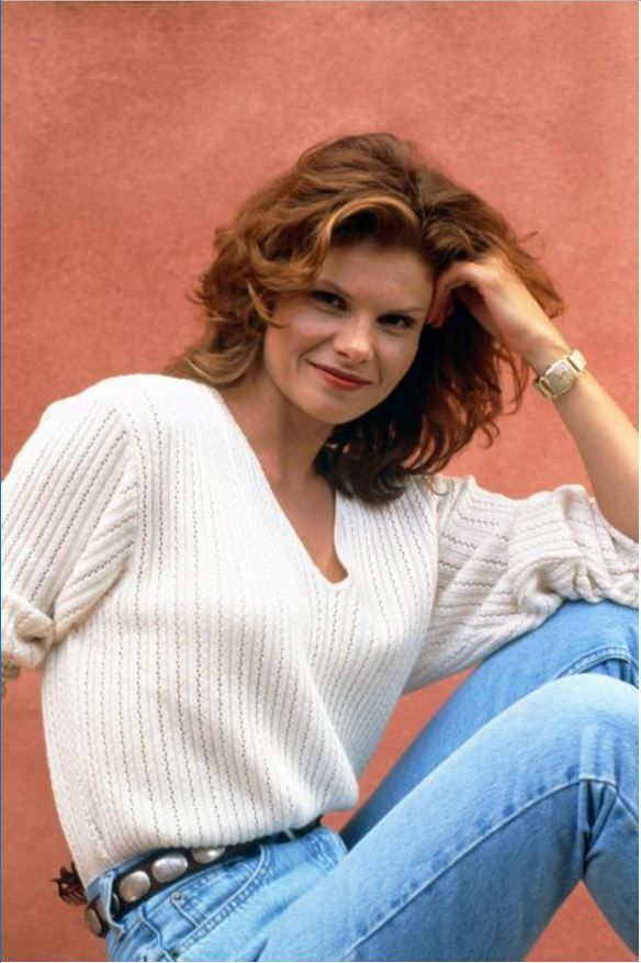 Pin On Lolita Davidovich-2562