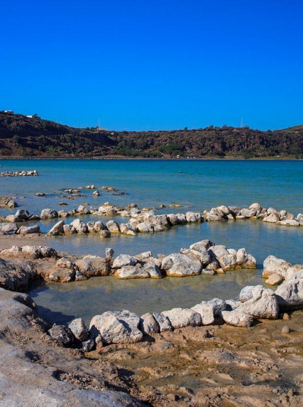 Acque termali Lago di Venere in Pantelleria - Movingitalia ...