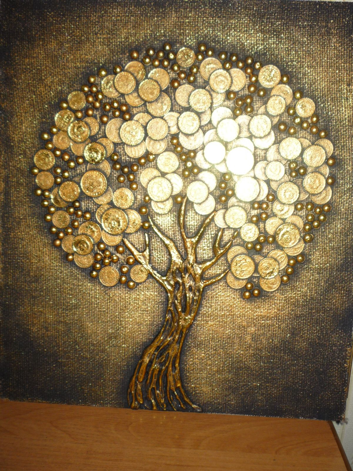 частности, картинки дерево с монетами годы