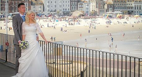 For Those Lusting After A Seaside Wedding Weymouth Pavilion Offers Chance To Marry Looking