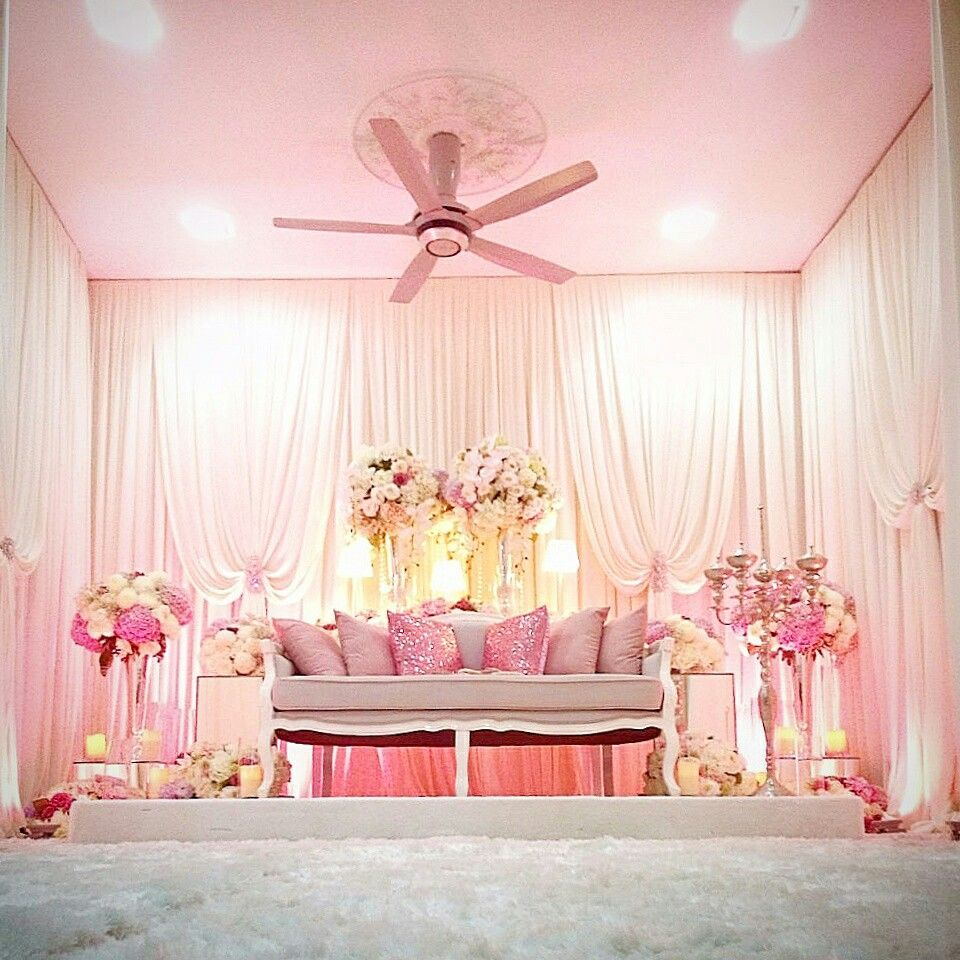 Idw wedding dais pelamin decoration malaysiaidoby yani adam idw wedding dais pelamin decoration malaysiaidoby yani adam junglespirit Image collections