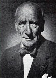 """Algernon Blackwood's """"An Empty House"""" (skip to the first minute) One of the best short haunted house stories ever written."""