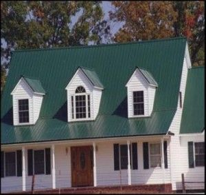 Best Green Metal Roof Farmhouse Style House House Exterior 640 x 480