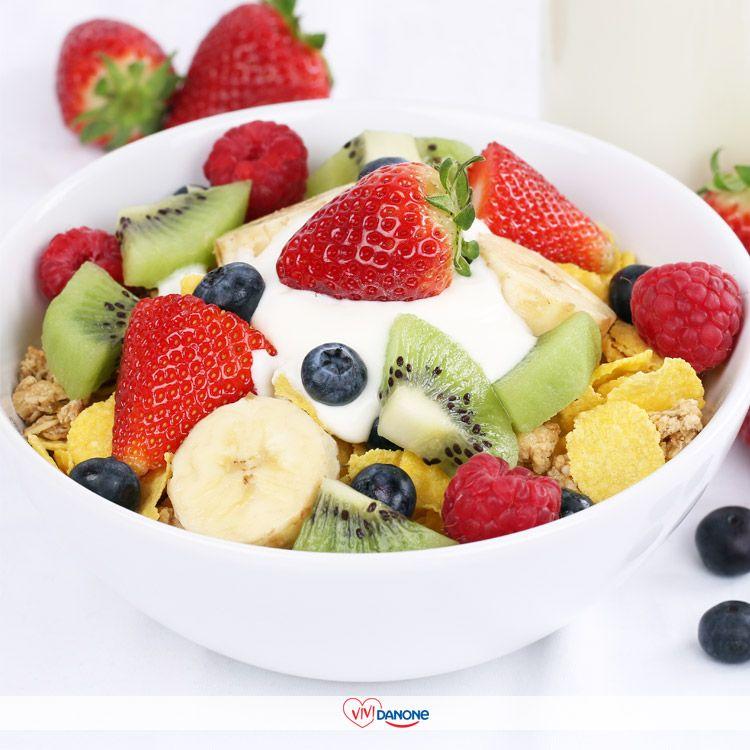 Colazione Con Frutta Yogurt E Cereali Buoneabitudini Danone