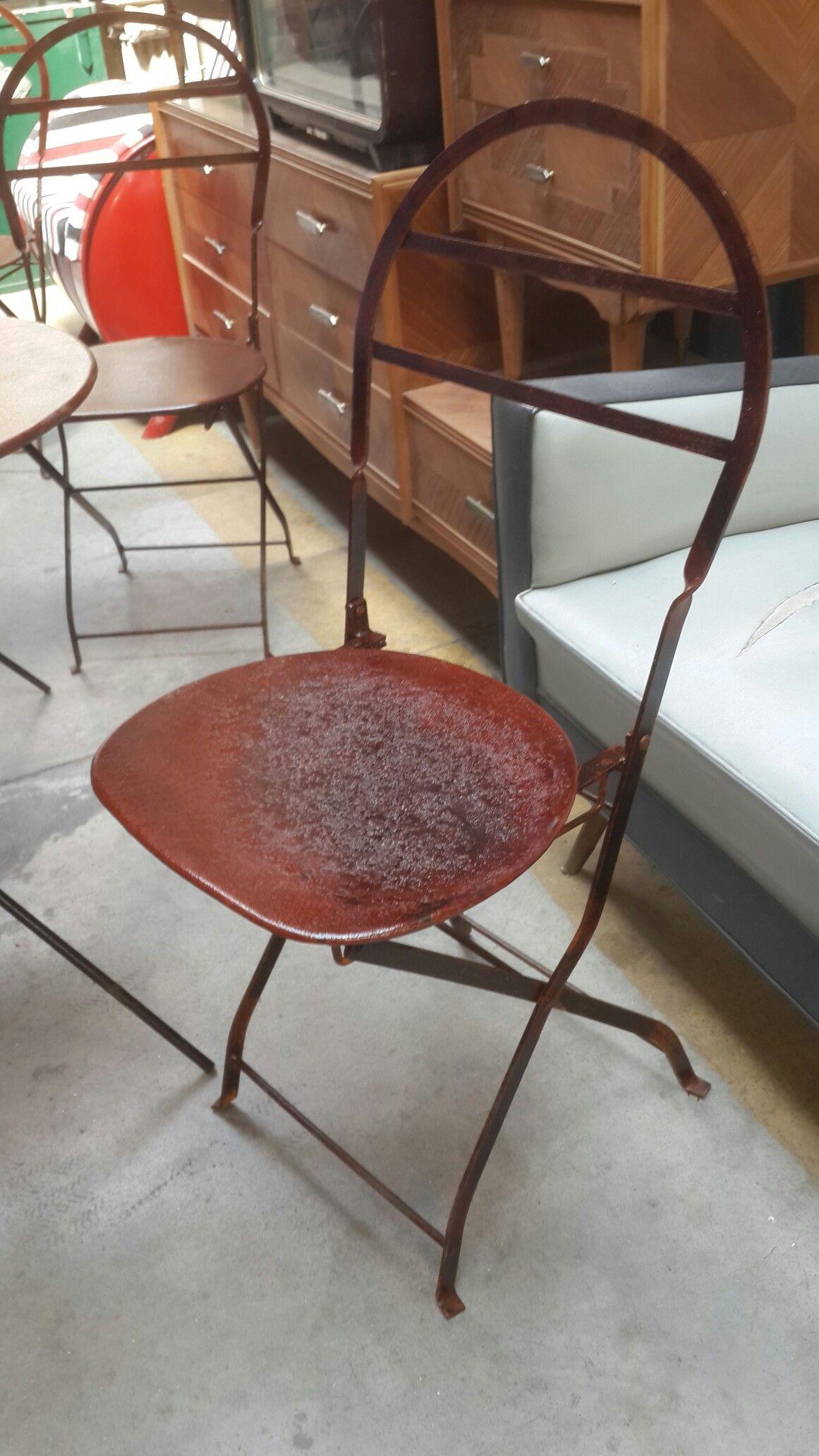 Sillas plegables quilmeñas estilo vintage industrial oxido