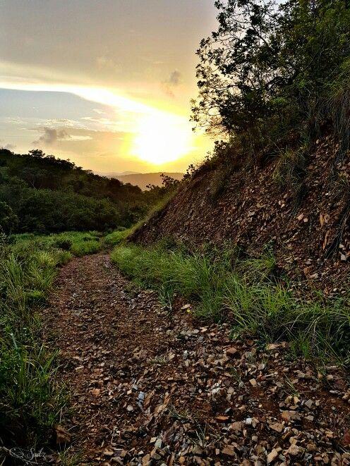 Monte Mapiro en el pueblo de Fajardo.Nos regala esta hermosa vista..  22/4/2016.