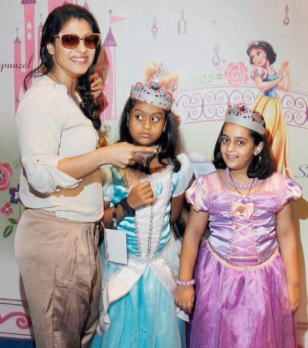 Infant Baby Kajal Kajol With Daughter Celebrity Moms Father Kids