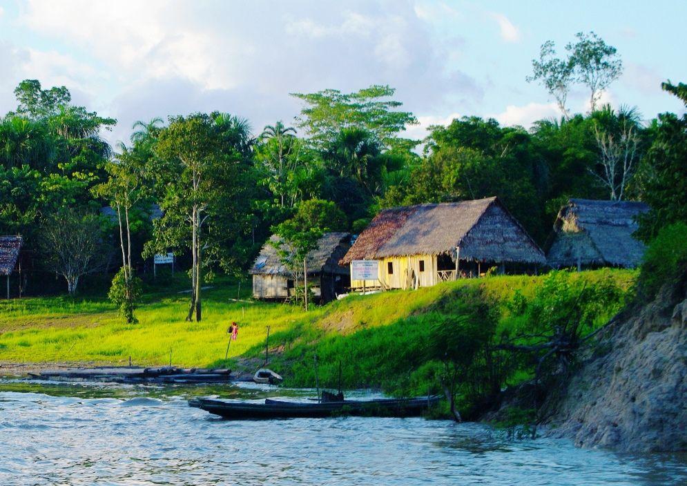 Río Momón Loreto Perú