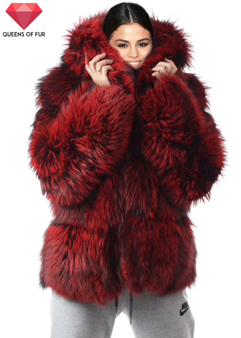 ab602c684524f Selena Gomez in a faux fur coat