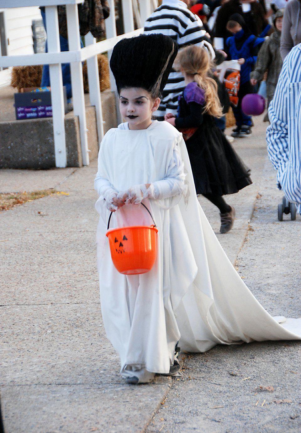 little miss bride of frankenstein | Frankenstein costume ...
