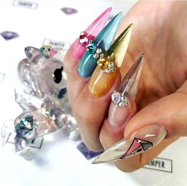 Pin de Sophie Eleanor en Nails | Pinterest | Diseños de uñas, Garra ...