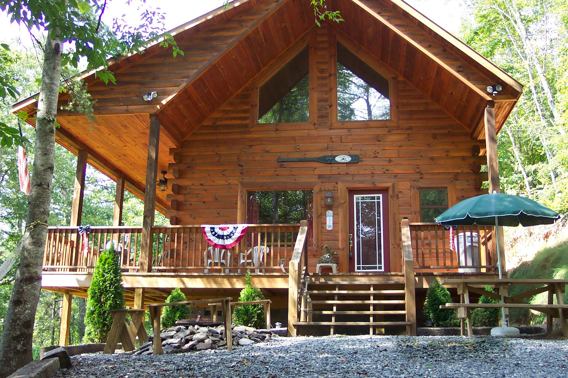 cabins cozy lake cabin run gravelly road rentals cottage deep creek vacation