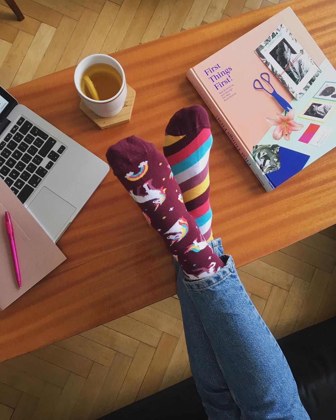 """3269aa160296f0 Many Mornings Mismatched Socks on Instagram: """"Everything is better with a  Unicorn socks🦄 #manymornings #manymorningsocks #socksoftheday  #unicornsocks ..."""